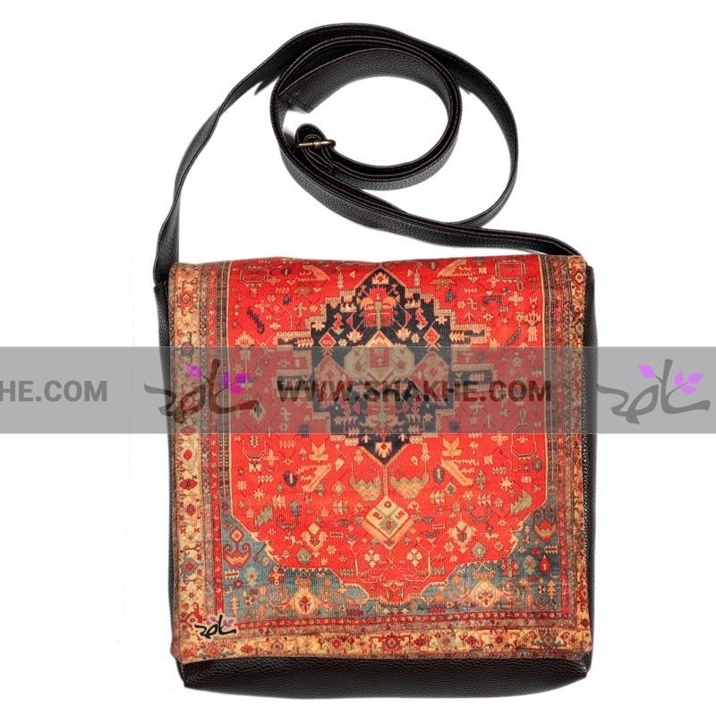 کیف چرمی خورجینی طرح فرش ترنج