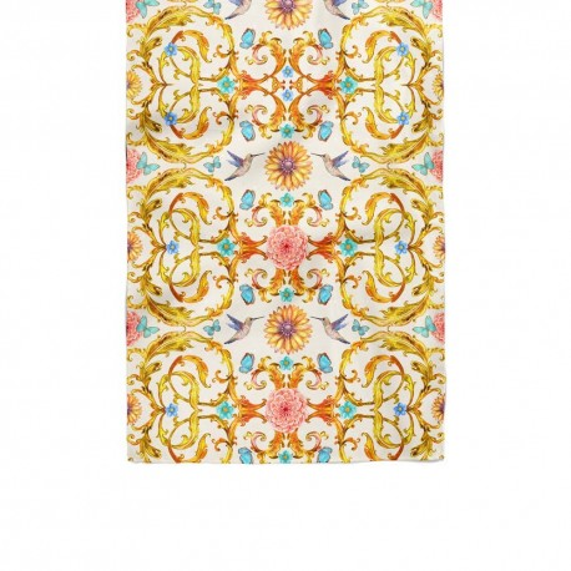 دستمال گردن کلاسیک گل و پروانه سفید